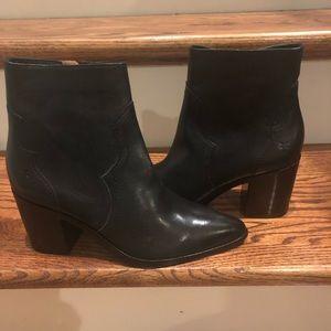 Frye women's Essa Black Leather Booties Size 6.5